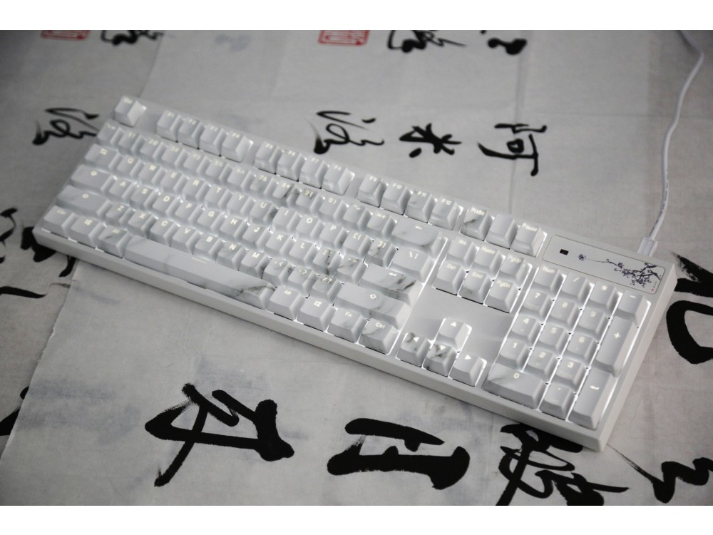 USA VG104M Marble Illusion Backlit MX Brown Tactile Keyboard